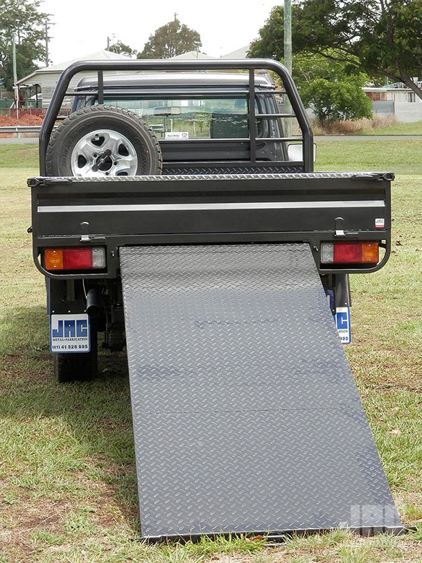 JAC Slide Out Ramp - perfect for loading the toys