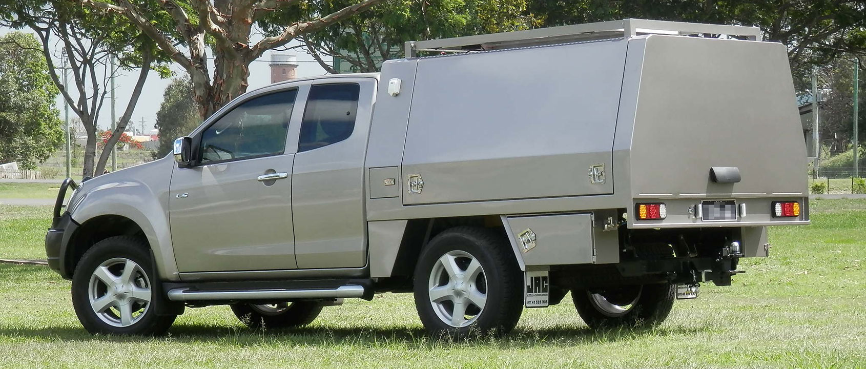 JAC Custom Canopy & Ute Trays Truck Bodies Canopies u0026 Toolboxes | JAC Metal Fabrication